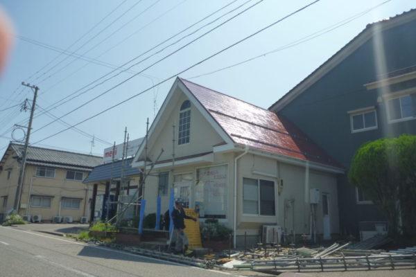 新潟県新潟市西区 美容室:屋根塗装・雪止めアングル交換工事