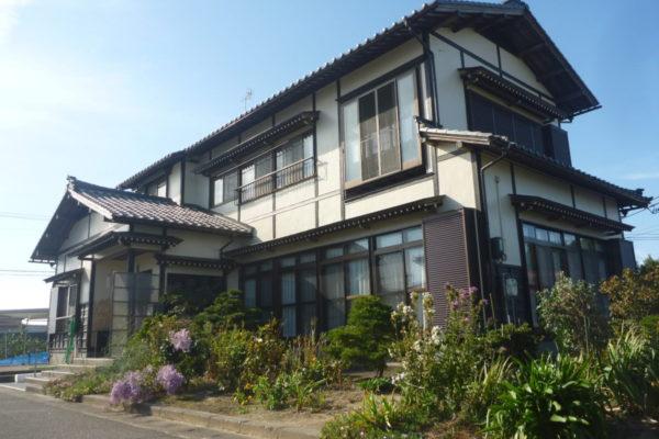新潟県新潟市南区I様邸外壁塗装・木部塗装・雨樋交換工事