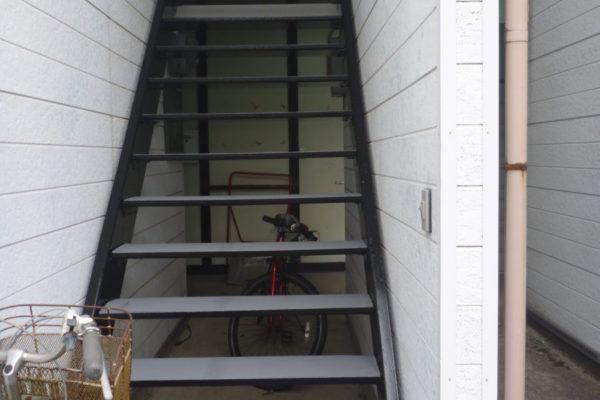 新潟県新潟市西区アパート階段塗装工事