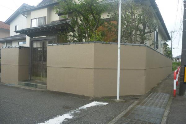 新潟県新潟市江南区K様邸塀垣塗装工事