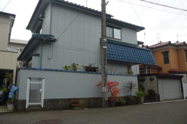 新潟市中央区A様邸外壁シリコン塗装・破風板シリコン塗装・雨樋シリコン塗装・屋根シリコン塗装工事